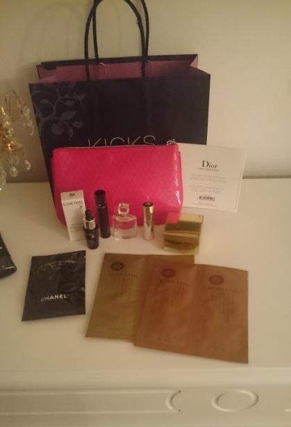 Goodiebag kicks vip shopping mode smink