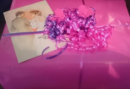 present_bröllop_rosa