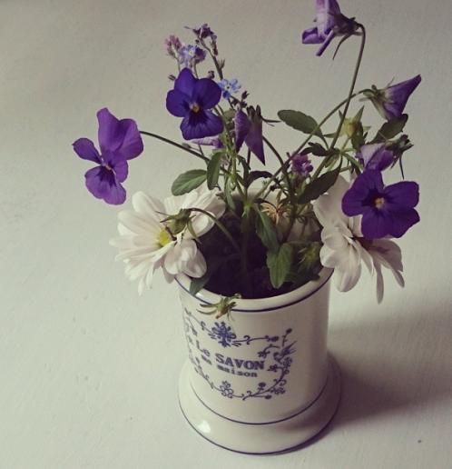 inredning_lantligt_blommor