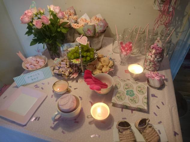 babyshower fest rosa dukning pyssel
